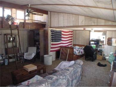 flag room2.jpg